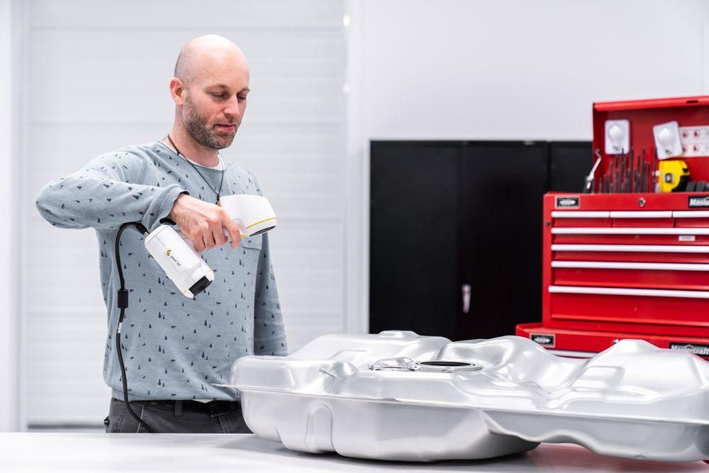 Escaneando deposito Peel 3D